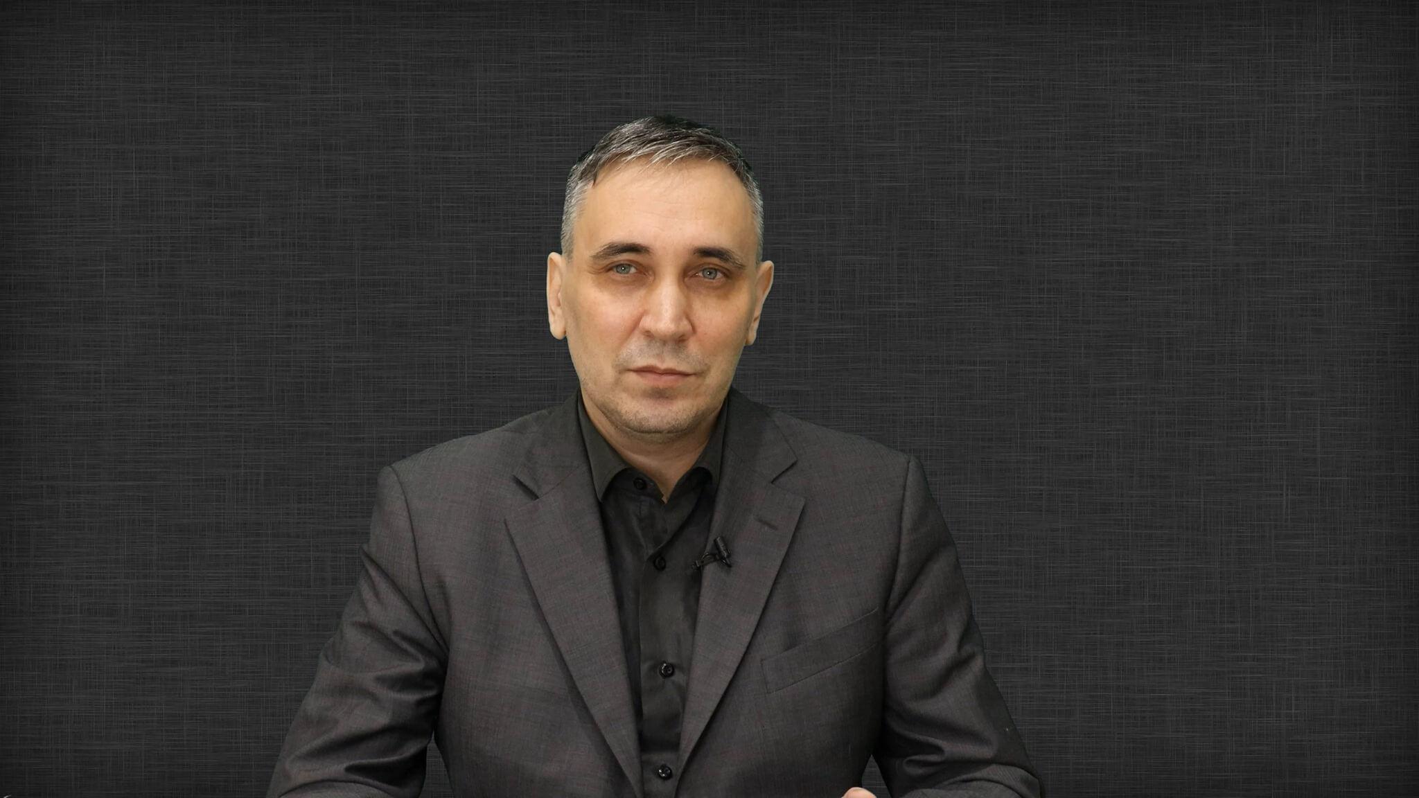 Яковлев Артем Борисович
